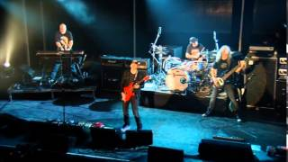 "Joe Satriani - ""Flying In A Blue Dream"" (from SATCHURATED)"