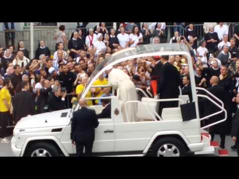 A video shot from the window of Hostel Inn Luxury - Sarajevo Pope Francis leaving