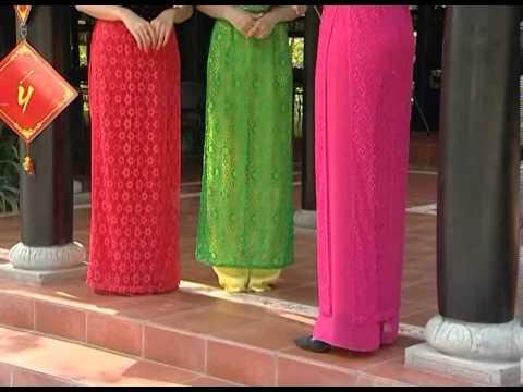 BST áo dài của thương hiệu thời trang Sifa ( Nụ tầm xuân )