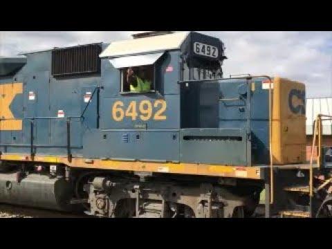 [CSXT]6492 EMD GP40-2 & 2279 ROAD SLUG Leads Y205-28 Out The Old Yard W/J.P @ The Controls In F.NC
