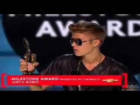 Justin Bieber abucheado en los Billboard Music 2013