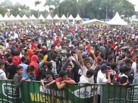 Andego - Bila (Live in Lapang Merdeka Sukabumi)