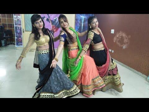 Dilbaro | Mud Ke Na Dekho | Raazi | Harshdeep Kaur | Alia Bhatt | 3 Pretty Girls