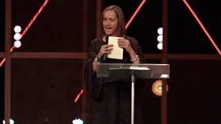 Christine Caine : Trขst God in any difficulty