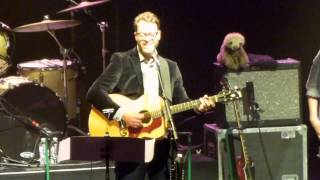"Amos Lee LIVE ""Zombie"" (The Cranberries) Radio City Music Hall"