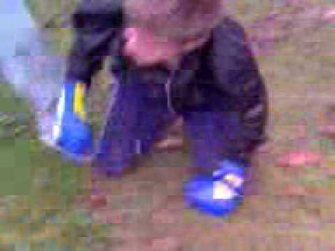 Matt herpe (grey trackies)v Random lingfield boy from YouTube · Duration:  28 seconds