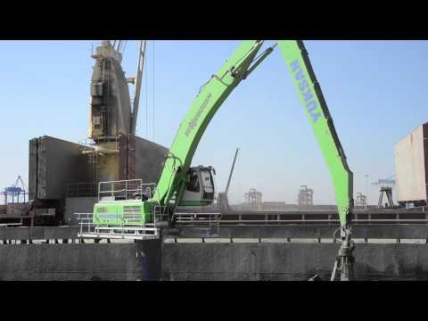 SENNEBOGEN - Port Handling: 835 Material handler E-Series loading ships in Turkey