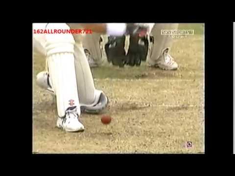 Muttiah Muralitharan SUPERB bowling vs Australia 2006
