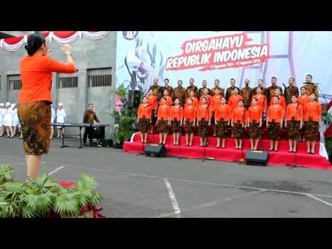 BMPD Jawa Timur Choir - Bangun Pemudi Pemuda 2016