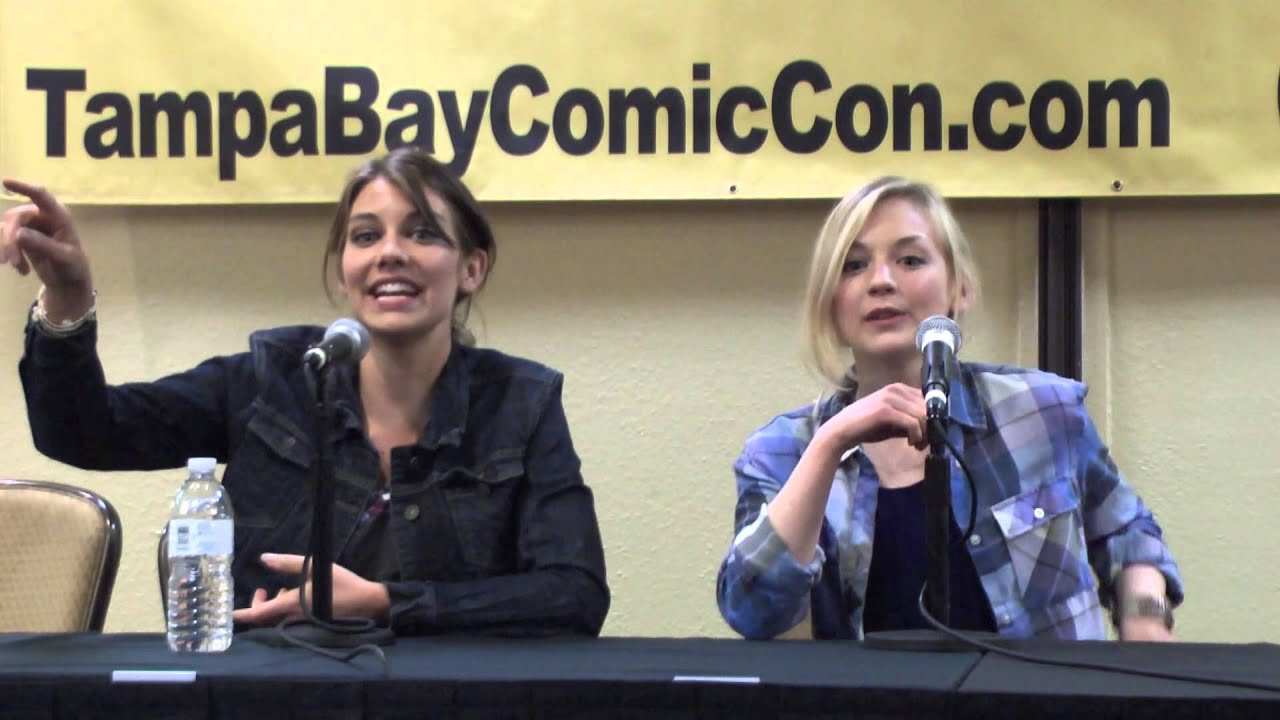 Emily Kinney and lauren cohan