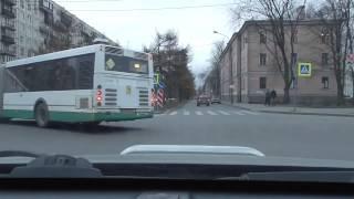 Маневры на перекрестках и дорогах.