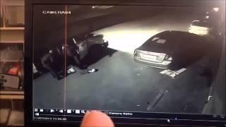 عربي متطرف يحمل الجنسية الإسرائيلية يحاول طعن أفراد الشرطة بسكين