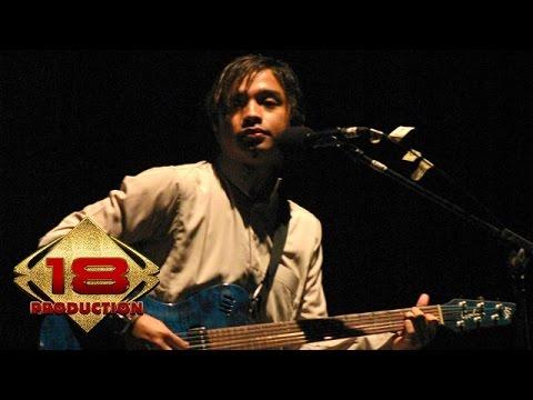 Ungu - Demi Waktu (Live Konser Pontianak 4 Juli 2006)