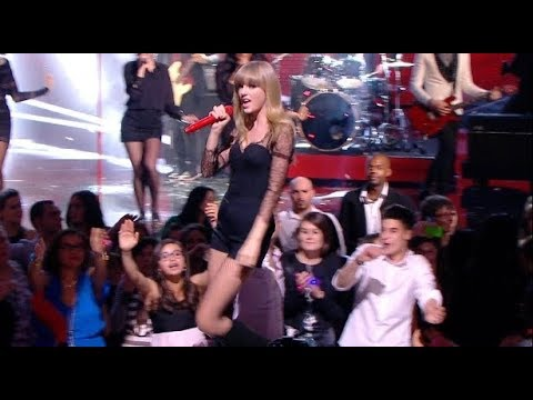 Taylor Swift -  We Are Never Ever Getting Back Together# live at France