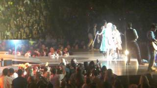 Taylor Swift Speak Now Concert - Mean