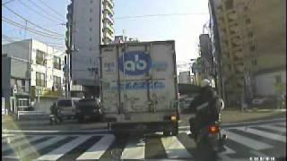 傍若無人バイク捕まる.wmv thumbnail