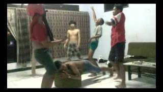 Video Harlem Shake Versi Alumni SMP 1 Tulungagung download MP3, 3GP, MP4, WEBM, AVI, FLV Desember 2017