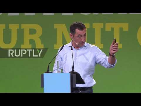 Germany: Claims of EU's unwillingness to hold talks with Putin is 'fake news' - Ozdemir