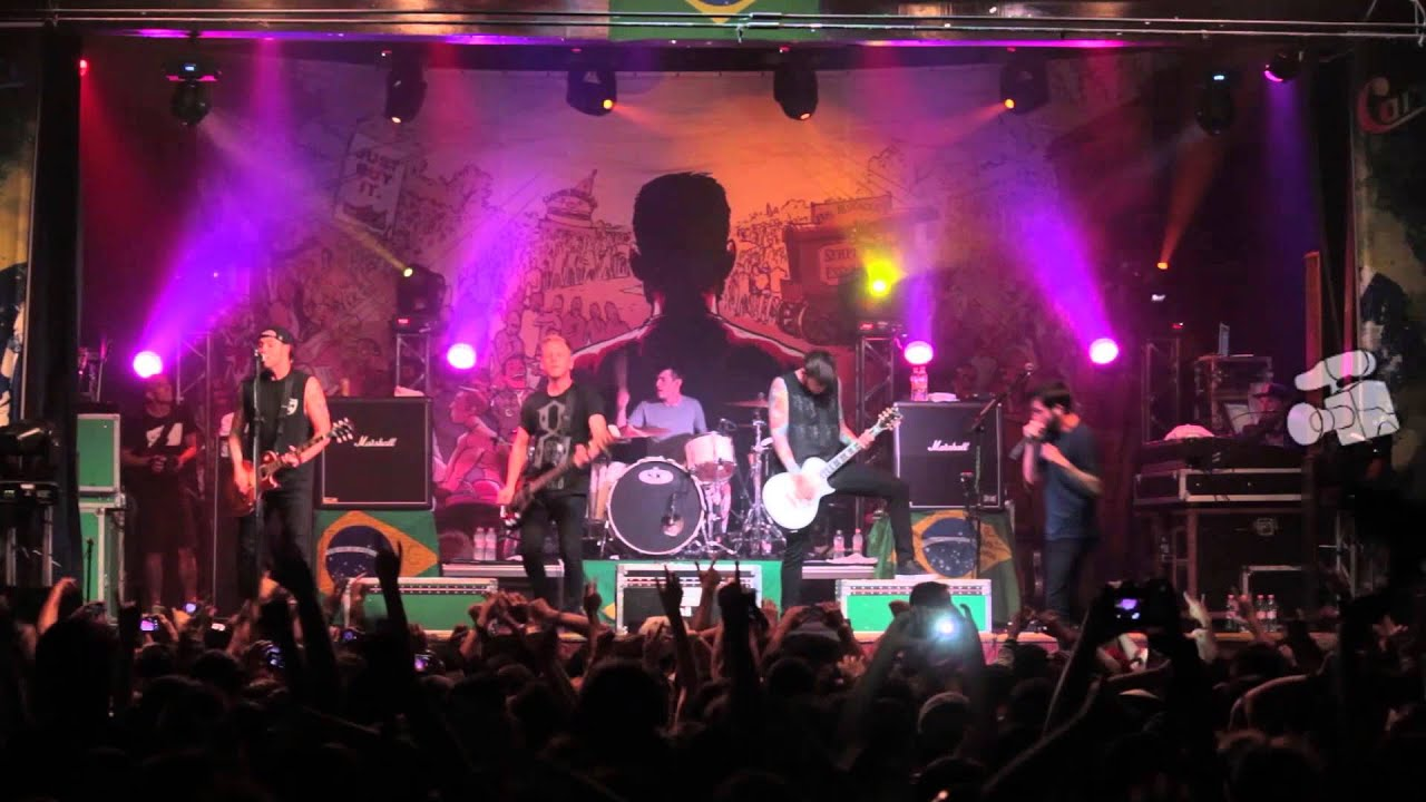 A Day To Remember - Right Back At It Again (Live in Sao ... A Day To Remember Live 2014