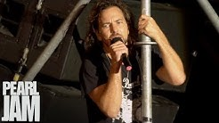 """Rockin' In The Free World"" - Immagine In Cornice - Live In Pistoia, Italy - Pearl Jam"