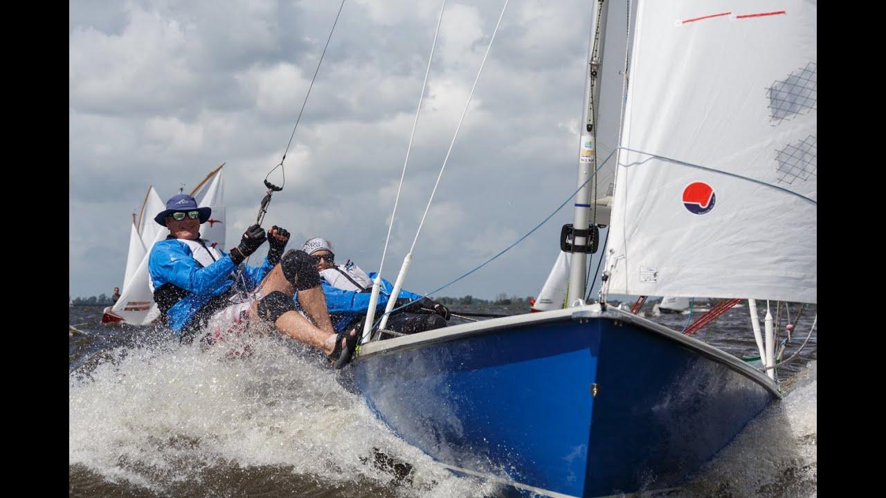 Download Zeilen met de Randmeer open boot. Toeren of wedstrijdzeilen, het kan allebei. RKO: kom erbij!