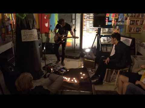 2016-10-30 Pretend I'm Not There @ Dumb Records / Black Sheep Open Mic