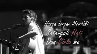 My Marthynz - Setengah Hati  (Official Lyric Video)