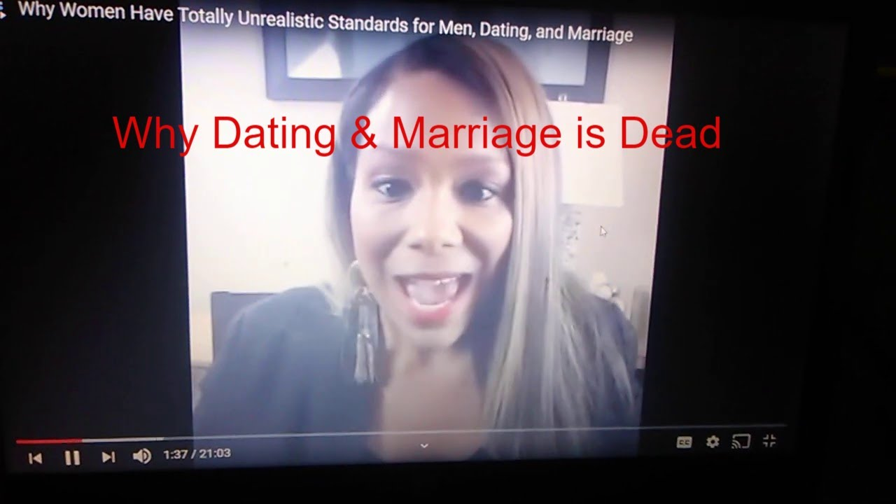 Redpill Reaction: Female Dating Coach Giving up on Women due to Unrealistic Standards
