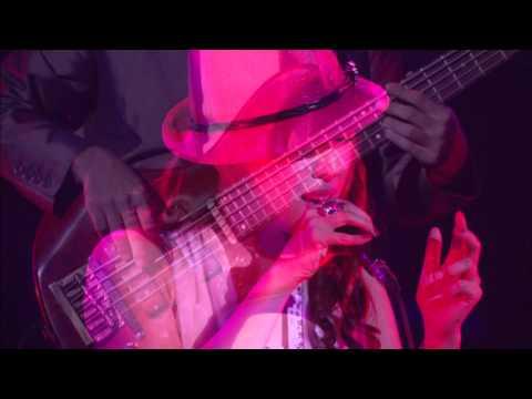 平原綾香 アランフェス協奏曲 CM スチル画像。CM動画を再生できます。