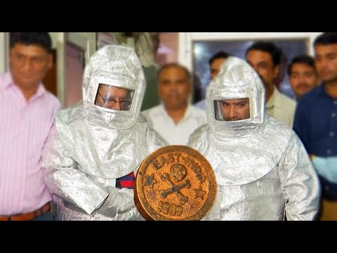 Conmen wearing 'space suits' dupe businessman in India, arrested