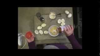 She's In The Kitchen: Dee-licious Deviled Eggs (4:00)