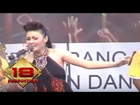 Chintya Sari - Tarik Mang (Live Konser Malang 28 Mei 2006)