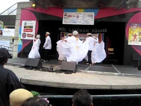Guacamaya y atravesao baile tipico panama conjuto raices panamena