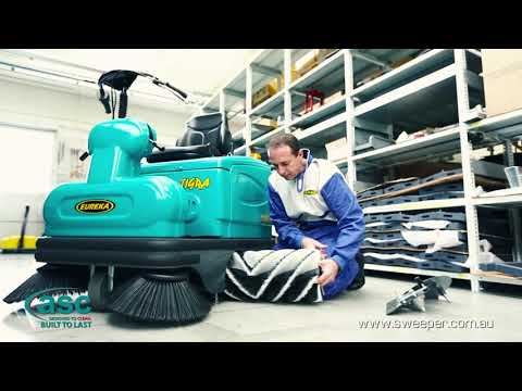 nav ASC Eureka M2 sweeper with man 9