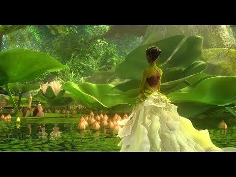女孩闯入神奇的微观世界,被精灵变的比小鸟还小,却成为森林战士