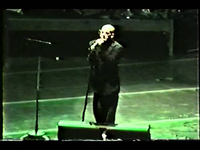 R.E.M. 1995-10-13 (Welcome to the Occupation, Philadelphia, PA)