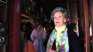 The Conjuring - Featurette: The Real Lorraine Warren