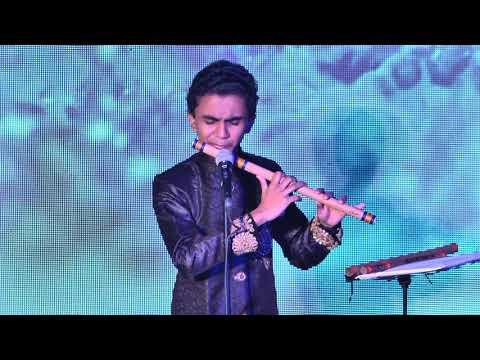 Barso Re . Flute Player master Suleiman's Amazing Performance at iit mumbai 2018