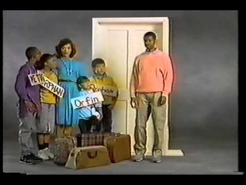 BUSTIN' LOOSE  credits 80s sitcom
