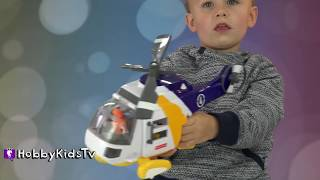 HobbyKid plays with Imaginext  Batman Helicopter and does a Toy Review