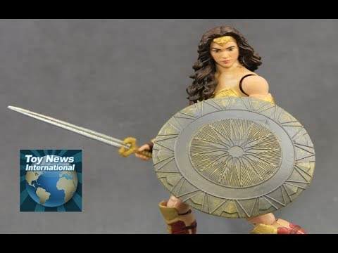 "DC Comics Multiverse 6"" TRU Exclusive Wonder Woman Movie Figure Review"
