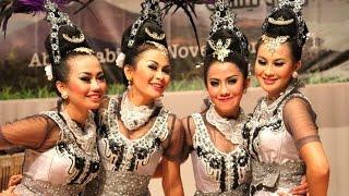 Tari MOJANG PRIANGAN - Jaipong Dance Sunda - KBRI Abu Dhabi [HD]