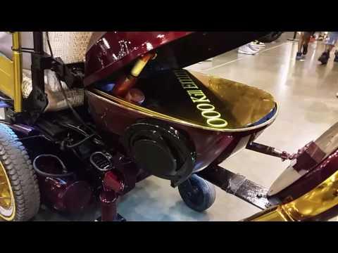 Cadeira de roda personalizada em ouro de um milhão de dólares - 동영상