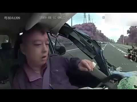 10 Kecelakaan Mobil Terparah Di Dunia!!! Fatal Akibat Mengantuk Saat Menyetir!!!