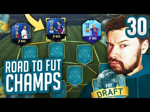 THE PERFECT DRAFT! - FIFA 17 ROAD TO FUT CHAMPS #30