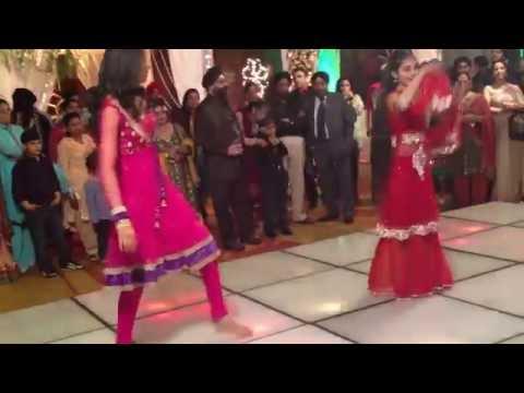 Dance Performance on Jigar Da Tukda + Ainvayi Ainvayi | The Wedding Script