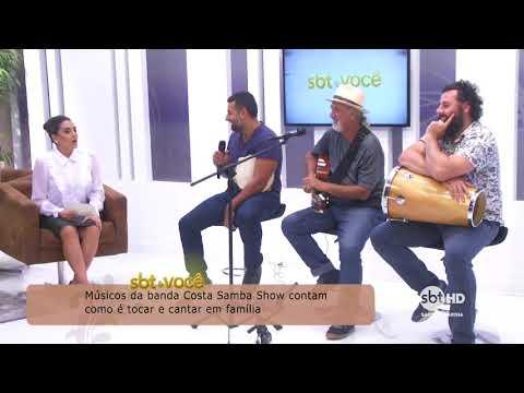 Músicos da banda Costa Samba Show contam como é cantar e tocar em família