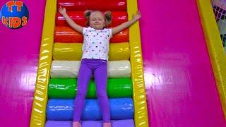 Развлекательный центр для Детей с горками и батутами | Fun Indoor Playground for Kids