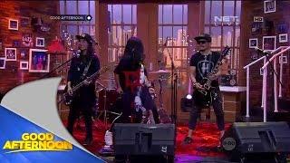Band Kotak terpilih melalui proses casting untuk Film Rock N Love