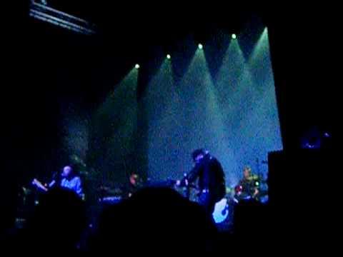 Doves - Snowden (LIVE O2 GLASGOW 01/05/2010)
